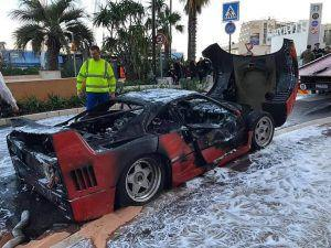 Kakva šteta, Ferrari F40 izgorio u Monacu... 1