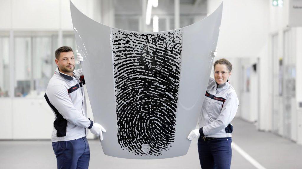 Porsche 911 u jedinstvenom izdanju, otisak prsta postaje ukrasni detalj! 2