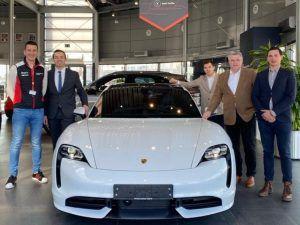Prvi Porsche Taycan u Hrvatskoj stigao je na zagrebačke ceste!