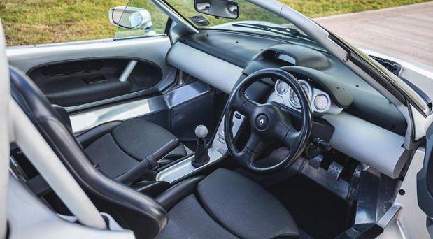 Renault Sport Spider, raritetna jurilica iz devedesetih, traži novog vlasnika 2