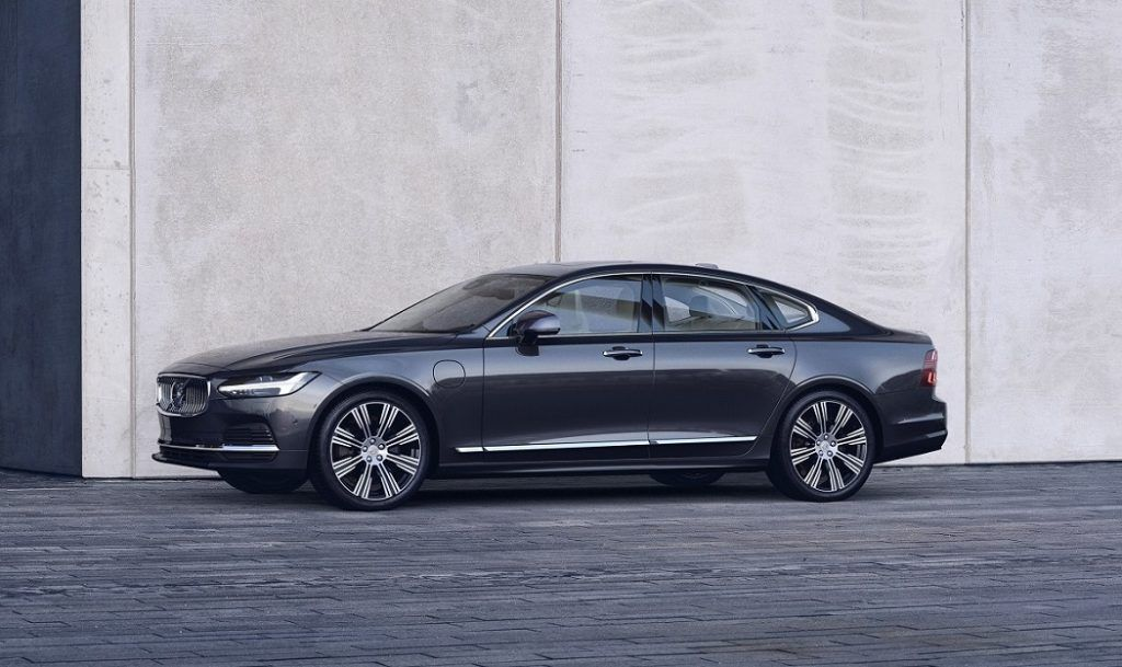 Volvo predstavio redizajnirane modele S90 i V90!